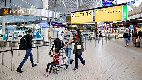 Geliefden uit het buitenland mogen onder voorwaarden naar Nederland reizen