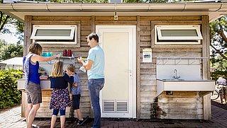 Prijzen van vakantiehuisjes in Nederland blijven oplopen: 'Het is een gekkenhuis'