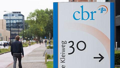 CBR verlengt rijbewijs ouderen automatisch met een jaar