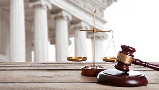 Eenvoudige strafzaken worden tijdelijk zonder tussenkomst van een rechter afgehandeld