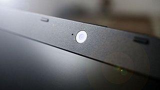 Moet je de camera van je toestel afdekken tegen digitale gluurders?