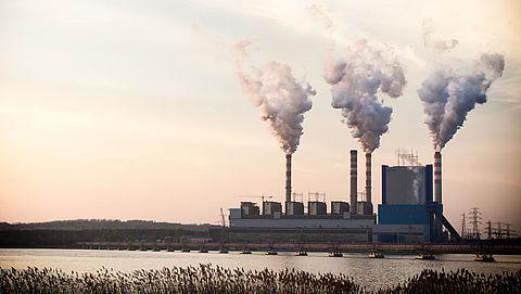 Rutte wil burgers ontzien door CO2-heffing industrie