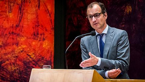 Wiebes benadrukt dat er snel besluit moet komen over gaswinning in Groningen}