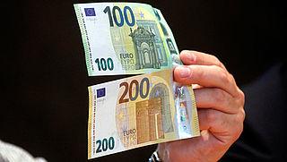 Nieuwe biljetten van 50, 100 en 200 euro zijn voortaan smaller