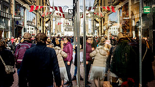 'Verruim openingstijden winkels in aanloop naar kerst'