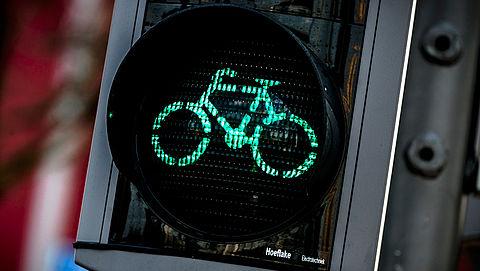 Intelligent Rotterdams verkeerslicht vaker op groen voor fietser