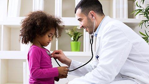 'Zieke kinderen willen meer betrokken worden bij medische beslissingen'