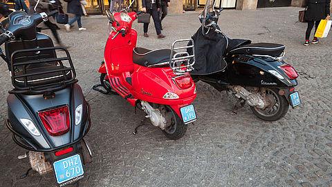 Minder ongelukken sinds snorfietsregels Amsterdam