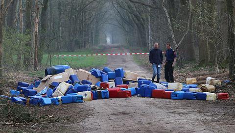 Campagne over afval dumpen in natuurgebieden Brabant}