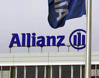 Allianz zegt gesprek met woekergedupeerden toe