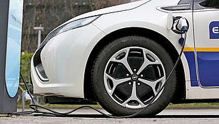 De Voor En Nadelen Van E Auto S Op Een Rij Radar Het