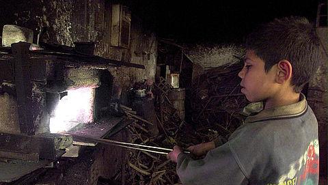 Delven mica voor elektronica gebeurt met kinderarbeid}