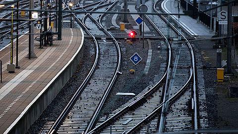 Staking NS en openbaar vervoer in drie grote steden op 28 mei}