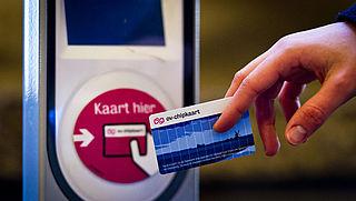 Hoe krijg je geld van je OV-chipkaart terug?