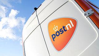 Postbezorger belt niet aan en doet gelijk een briefje in de brievenbus, PostNL reageert