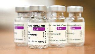 Voorlopig geen AstraZeneca-vaccin voor mensen onder de 60 jaar
