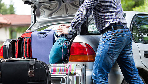 Met de auto op vakantie: waar moet je rekening mee houden?}