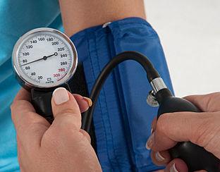 Nieuw apparaat remt onbehandelbaar hoge bloeddruk