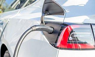 Subsidiebedrag elektrische auto's daalt verder dan gepland