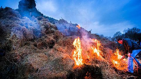 RIVM: pas op voor smog door paasvuren