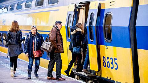 NS en ProRail gaan proefdraaien met spoorboekloos rijden