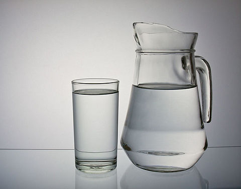 'Nederlandse horeca moet verplicht kraanwater schenken'