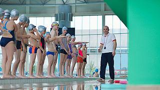 Schoolzwemmen wordt minder aangeboden