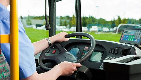 'Helemaal afschaffen cash in bus gaat te ver'