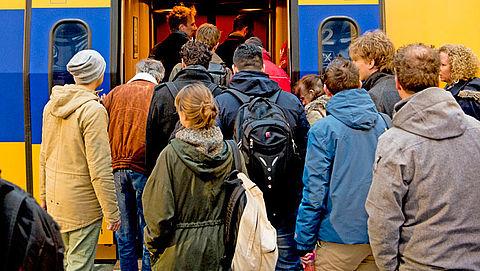 NS wil dat reiziger meedenkt over spitsdrukte