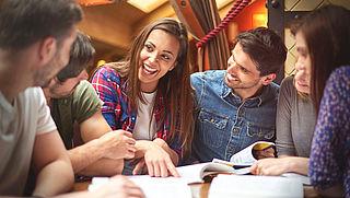 'Teleurstellend dat minder studenten op kamers gaan door leenstelsel'