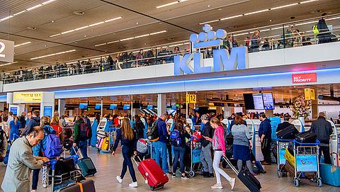 KLM eist schadevergoeding meivakantie van Schiphol