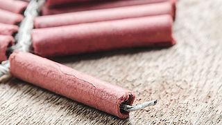 Kabinet wil groot vuurwerk landelijk verbieden