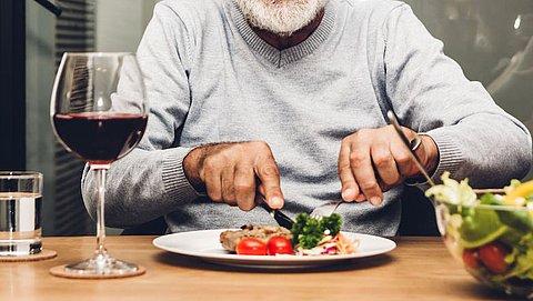 Ouder dan 60? Je hoeft (toch) geen extra eiwit te eten