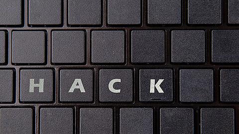 Verzekeraar stuurt al je persoonlijke gegevens via e-mail}