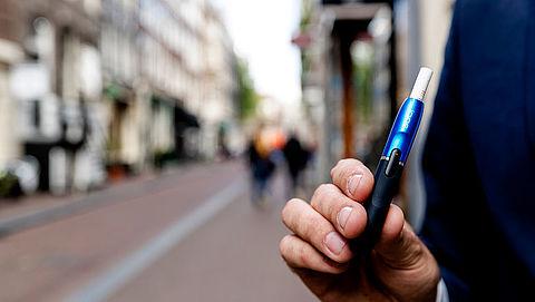 'Ook in Nederland klachten door elektronische sigaret'}