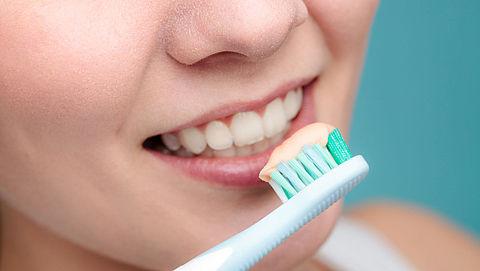 Whitening tandpasta? 'Dure onzin', vindt de Consumentenbond