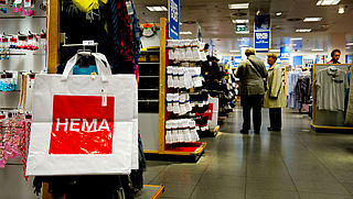 HEMA verkoopt kleding en cosmetica voortaan ook via Wehkamp