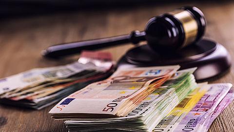 Rechtszaak tegen aangepaste spaartaks