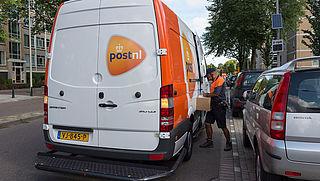 Veilig Verkeer Nederland vraagt aandacht voor roekeloze pakketbezorgers