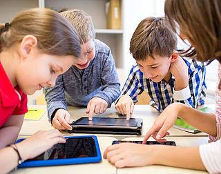 Leerlingen leren sneller met 'slimme' tablets