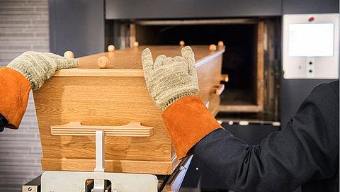 Risico op radioactieve besmetting voor personeel crematorium