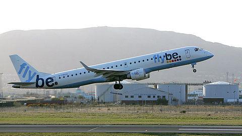 Flybe schrapt vluchten om tekort aan piloten