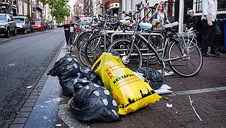 Amsterdam bereid om AEB met 6 miljoen te hulp te schieten