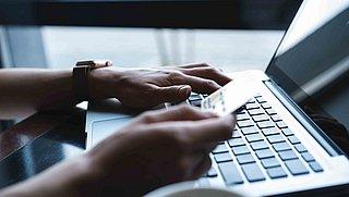 Advertentie van webshop of influencer op social media? Laat je niet misleiden
