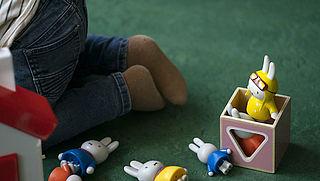 Ouders bleven kinderopvang betalen, maar verliezen toch deel toeslag