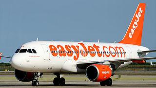 EasyJet houdt alle vliegtuigen per direct aan de grond