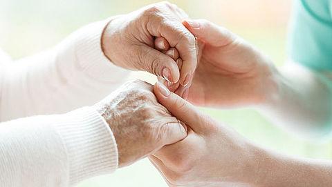 Arts mag euthanasieverzoek bij zware dementie inwilligen