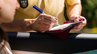 Weginspecteurs mogen landelijk boetes geven
