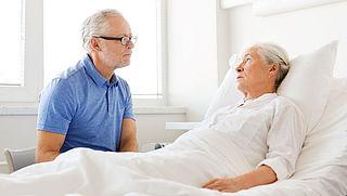 'Onwillende arts moet bij euthanasie vaker doorverwijzen naar collega'