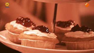 Douche: Gary's Tearoom